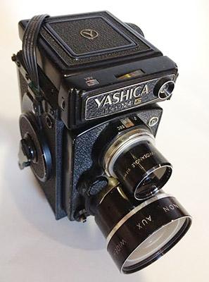 Yashica Mat 124 G File Yashica Mat 124g Jpg Wikimedia